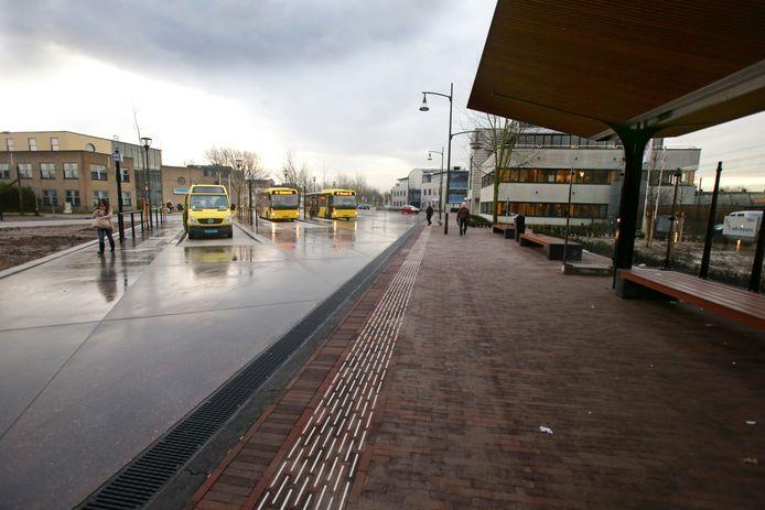 Het busstation van Houten