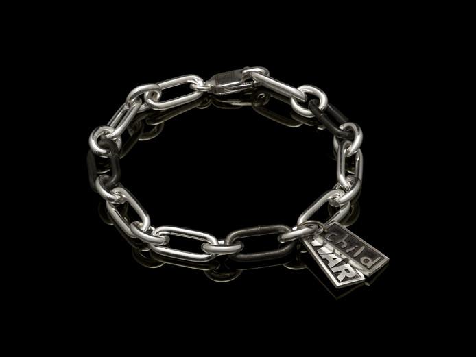 De armband.