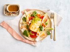 Wat Eten We Vandaag: Salade met feta, grapefruit en warmgerookte zalm
