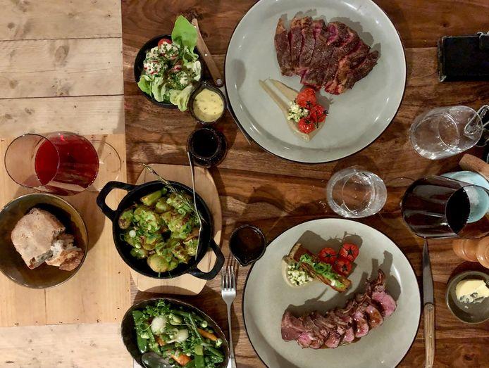 Met het aanbod van kwaliteitsvlees is restaurant Den Dorsvlegel uniek, tot ver buiten de regio.