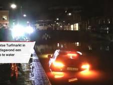 Auto komt in het water terecht op Brabantse Turfmarkt