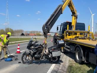 Motorrijder gewond na botsing tegen auto in Zwevegem