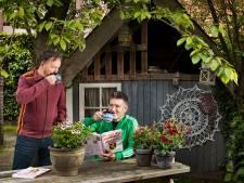 Brabants Vakantieboek gemaakt in Helmond; 'Met een knipoog dus kwartetje 'Ik wist niet dat-ie dood was' moet kunnen'