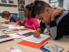 Veel kinderen hebben bijles nodig op de zomerschool, maar er zijn te weinig leraren