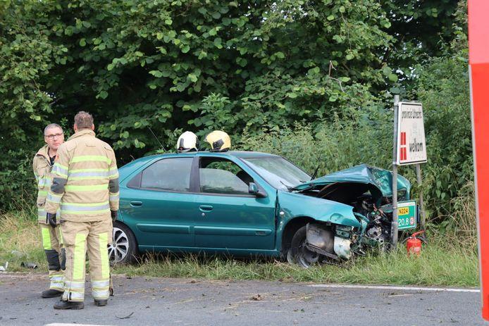 Bij een eenzijdig ongeluk op de N224 tussen Renswoude en Scherpenzeel is woensdagavond een persoon ernstig gewond geraakt
