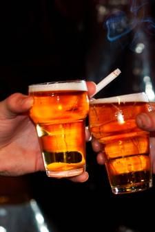 Studenten 'beloond' als ze meer drinken: speciale feesten om bonus binnen te slepen