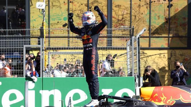 Max Verstappen slaat in Zandvoort voor uitzinnige menigte sensationele dubbelslag