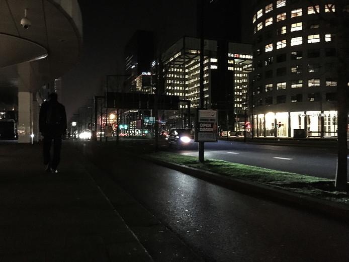 Straatverlichting valt op veel plekken in Rotterdam uit | Rotterdam ...
