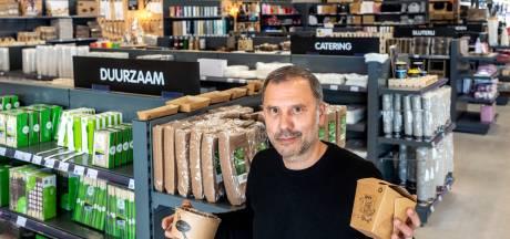 Albert van 't Blik kreeg met zijn verpakkingsbedrijf een Arnhems Complimentje: 'Het hoeft niet altijd alleen maar om winst te gaan'
