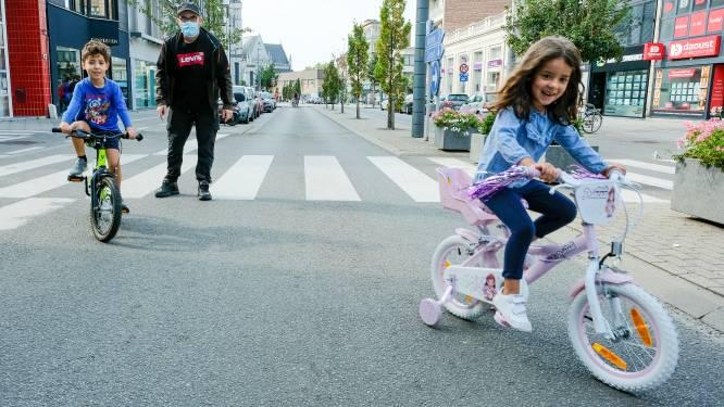 """XL-editie voor 20ste autoluwe zondag in Vilvoorde: """"Trekpaarden, urban sporten, shoppen en in het midden van de straat lopen"""""""