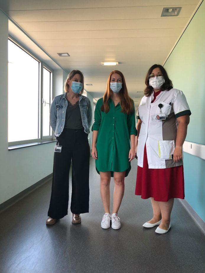 Directrice patiëntenzorg bij Sint-Trudo Katrien Clerbout met doctoraatsstudente Fien Claessens en kwaliteitsmanager bij Sint-Trudo Anneke Jans.