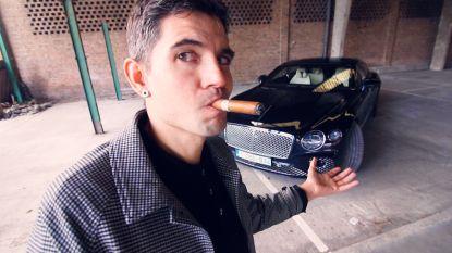 """'Hannes Vlogt' test de Bentley van Kim Kardashian: """"De motorkap van een auto is als een bh van een meisje"""""""