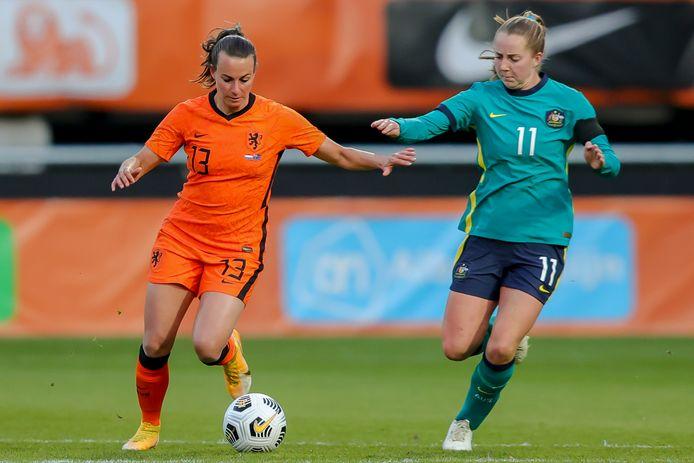 Renate Jansen in actie voor Oranje in de onlangs gespeelde interland tegen Australië.