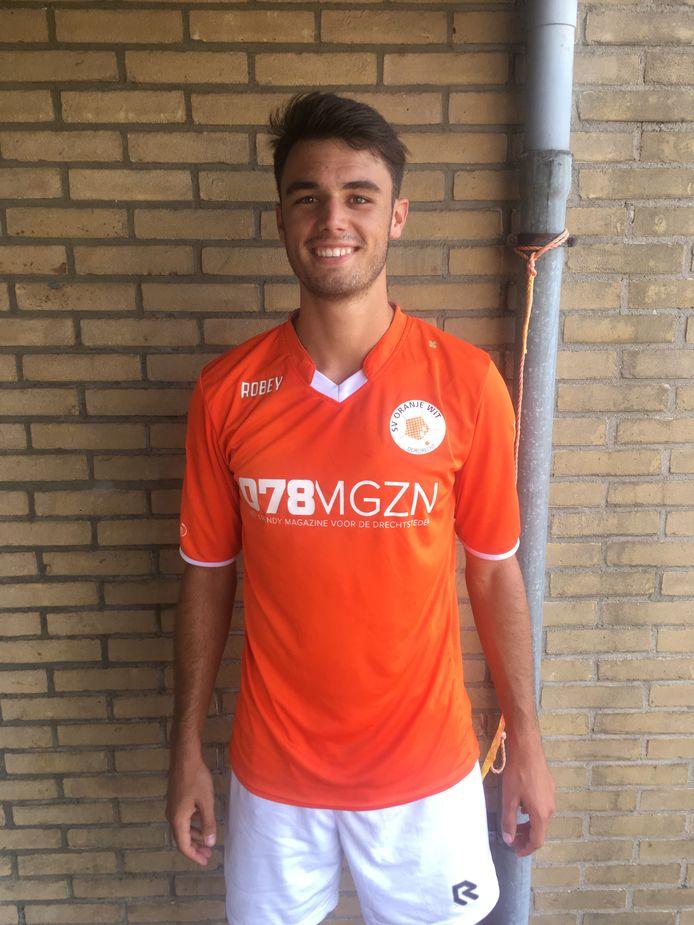 Mike Langerak is komend voetbalseizoen weer gehuld in het oranje en wit. ARCHIEFFOTO