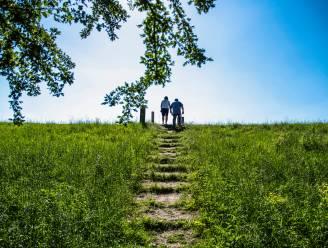 Oudercomité De Oogappel en Jong KWB sturen gezinnen op wandelzoektocht Kotkedei