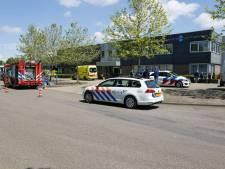 Gewonde bij ongeluk in drukkerij in Ede, hulpdiensten rukken massaal uit