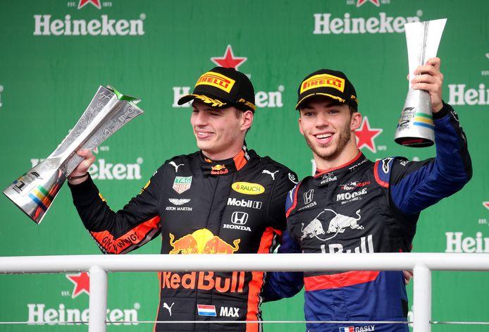 Max Verstappen en Pierre Gasly op het podium