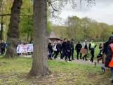 Grote protestmars in Barneveld tegen coronamaatregelen loopt uit de hand