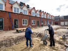 Belangstelling voor woningen Doelenstraat was overweldigend; honderden gegadigden voor negentien huurhuizen
