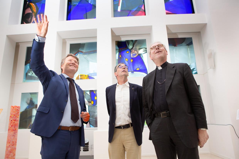 Professor, bestaat God? Over die vraag spreken (van links naar rechts) René de Reuver, Peter Barthel en Gerard de Korte.