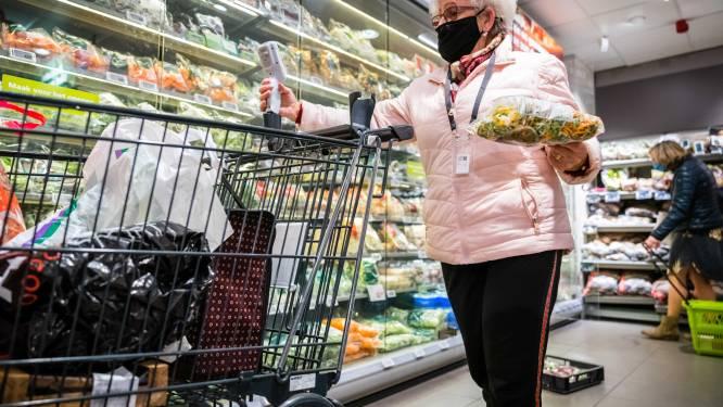 """""""Winkelwagens in supermarkten zorgen niet voor 1,5 meter afstand"""""""