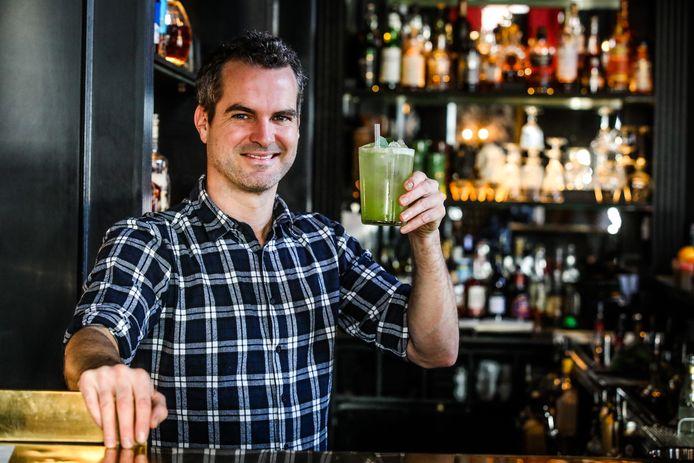 Cocktailmaker Dieter Moeyaert.