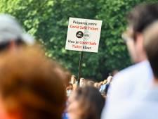 """Unia met en garde contre les dérives du Covid Safe Ticket: """"On se retrouve dans une société de contrôle"""""""