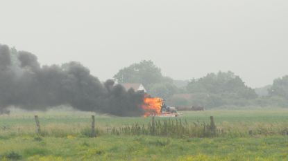 Schrikken voor landbouwer: plots tractor in lichterlaaie