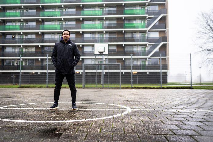Samir Makhoukhi in de Arnhemse buurt Immerloo.