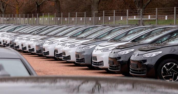 Auto's van het nieuwe en populaire model ID.3, dat volledig elektrisch rijdt.