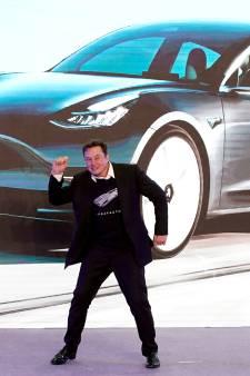 Tesla-rijders moeten hun auto mogelijk laten ombouwen: 'Elon Musk verbreekt zijn belofte'