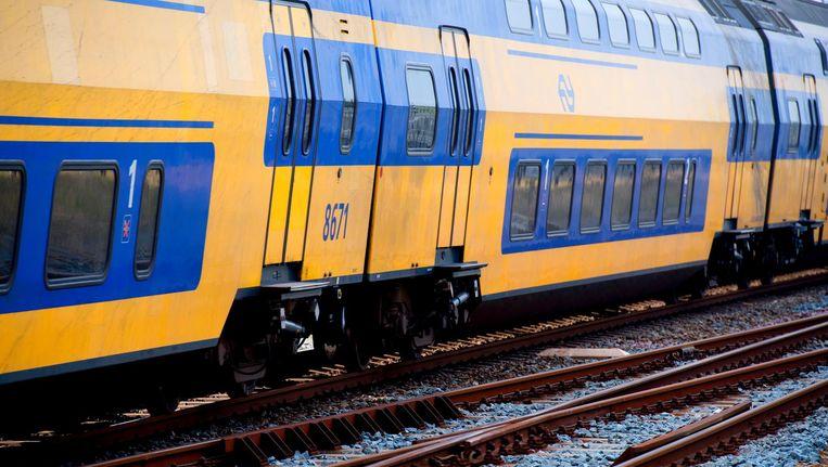 Tussen 17.00 uur en 19.00 uur ligt het treinverkeer rond Amsterdam stil. Beeld anp