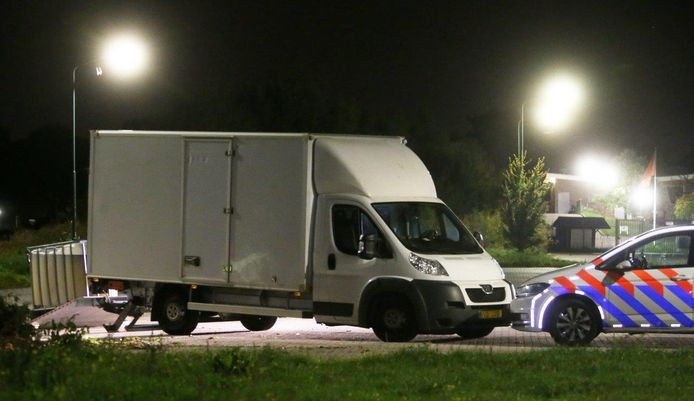 In Oisterwijk werd een vrachtwagen vol drugsafval aangetroffen.