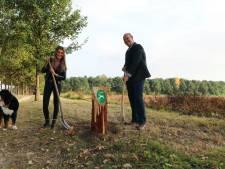 Drie nieuwe losloopgebieden voor honden in Ammerzoden, Well en Kerkdriel zijn geopend