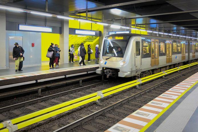 Samen met de lage-emissiezone breidt straks het openbaarsvervoersaanbod in Brussel uit.