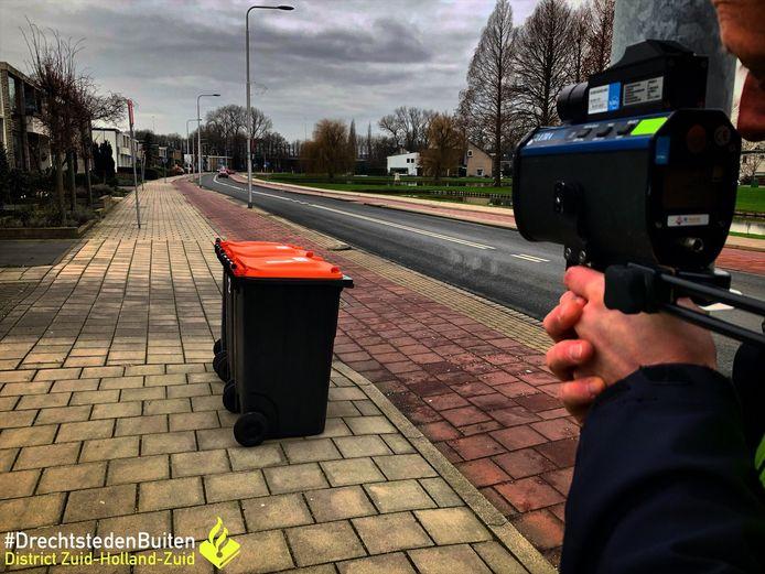 De politie hield vrijdag snelheidscontroles in Zwijndrecht.
