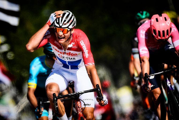 Mathieu van der Poel wint de Amstel Gold Race. Beeld BELGA