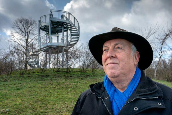 Bij zijn afscheid als boswachter van Natuurmonumenten kreeg Frans Kapteijsn op de Kampina zijn eigen 'Tour de Frans'.
