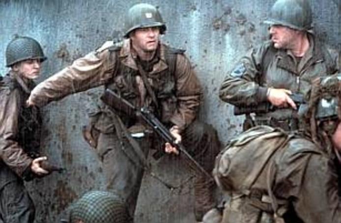 Tom Hanks speelde in de film 'Saving Private Ryan' een officier die één soldaat moest zien te redden wiens broers waren gesneuveld in WO II. In de Bergse politieke cinema Bollywood ging deze week een lokale variant in première met Rian (Govers), wiens politieke leven gered lijkt.