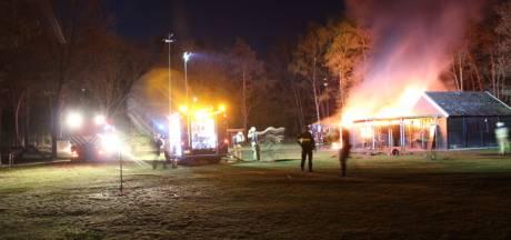 Uitslaande brand bij Hondendressuurclub in Rijssen