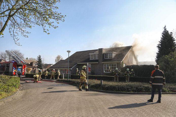 brand Toon van Durenlaan in Nistelrode