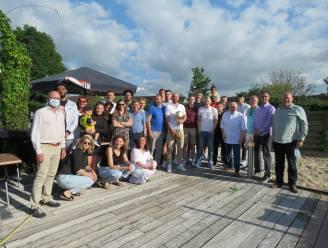 Basketbalclub Filou Oostende viert tiende kampioenstitel in Roeselaars restaurant 't Vosken