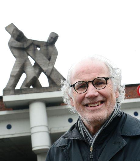 Martin Stolk had aan twee mensen en een balk genoeg om herrijzenis van Hengelo uit te beelden