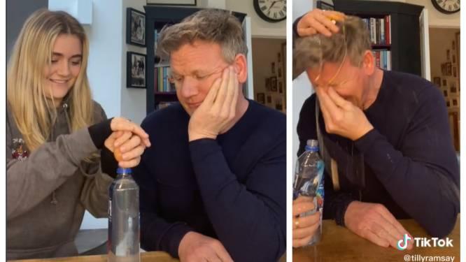 """""""Ik ben nog altijd aan het weglopen"""": dochter neemt Gordon Ramsay stevig te grazen in virale TikTok-video"""