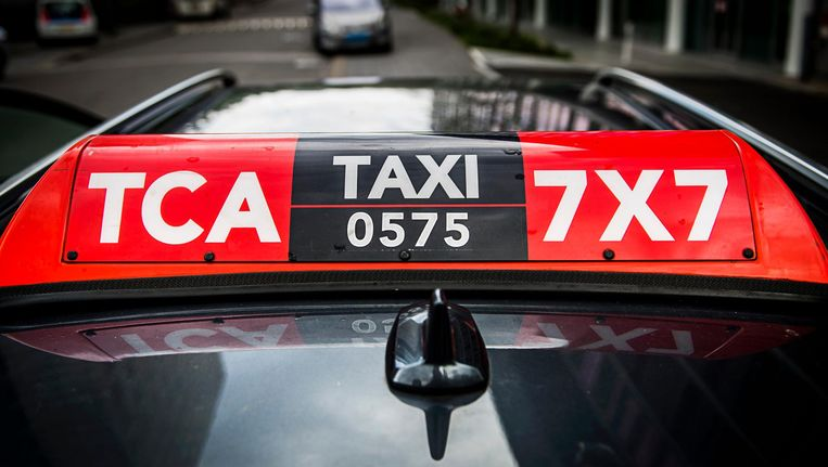 Taxi Centrale Amsterdam Beeld anp