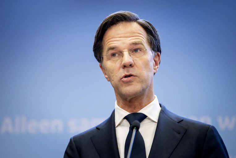 Demissionair premier Mark Rutte geeft een toelichting op de coronamaatregelen in Nederland.  Beeld ANP