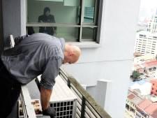 Dienstmeid maakte appartement Johnsons schoon voor technische recherche kwam