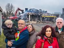 Dozen vol speelgoed van Zoetermeerse speelgoedbank verzwolgen door vlammenzee