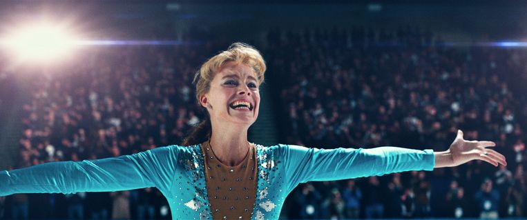 Voor haar rol moest Margot Robbie leren schaatsen.