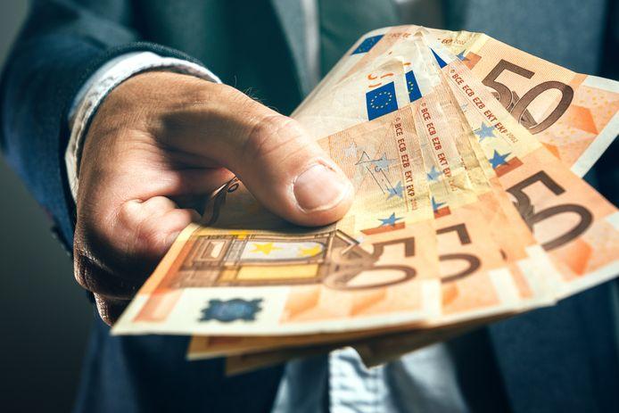 Wie wil een deel uit de ruif met 183.000 euro?